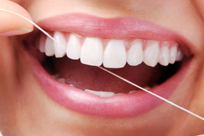 How to Floss Your Teeth | Hammons Dental